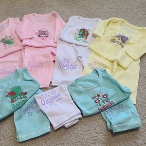 Days of the week Newborn outfits